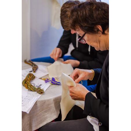 EXPERIENCE NORMANDE :stage broderie de Bayeux avec petit kit