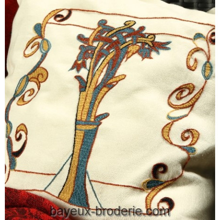 The tree with curves - L'arbre aux volutes  -